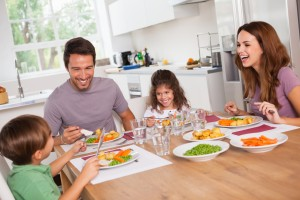 shutterstock 124589956 18 10 2013 300x200 Alimentación infantil