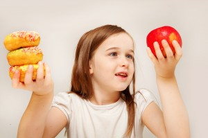 shutterstock 93698170 300x199 Consejos para prevenir la obesidad infantil